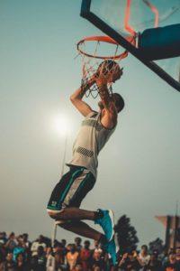 Permainan Bola Basket: Sejarah, Teknik Dasar dan Aturan Permainan 6