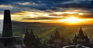 8 Candi Hindu Budha yang Terkenal di Indonesia, Ini Ciri dan Sejarahnya 4