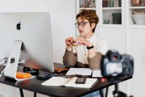 Pengertian Webinar: Jenis, Manfaat, Cara Kerja dan Tips 2