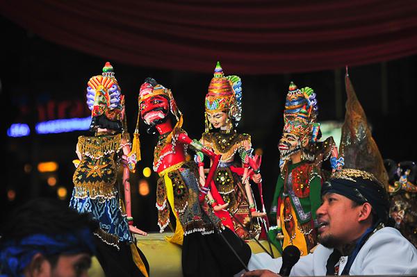 Wayang Golek (sumber: kerisnews)