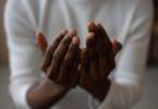 doa ziarah kubur beserta adab dan amalannya